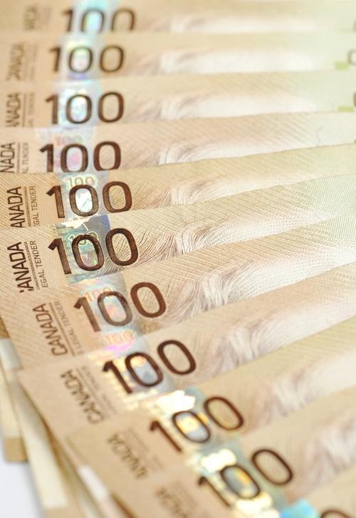 canadian-money-hundreds.jpg